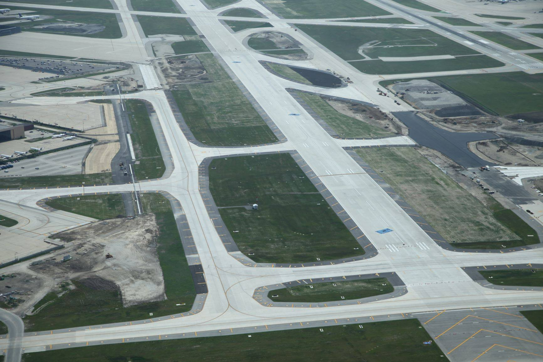 Runway 9R-27L Extension-West & East
